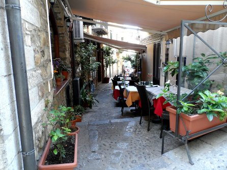 restaurant-bistro-coffee-bar-sicily-italy